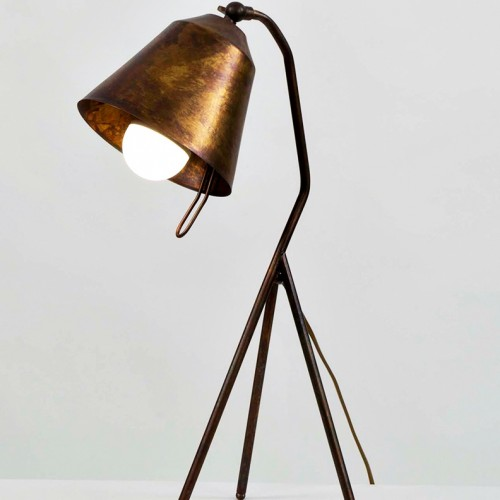 trivy-table-lamp